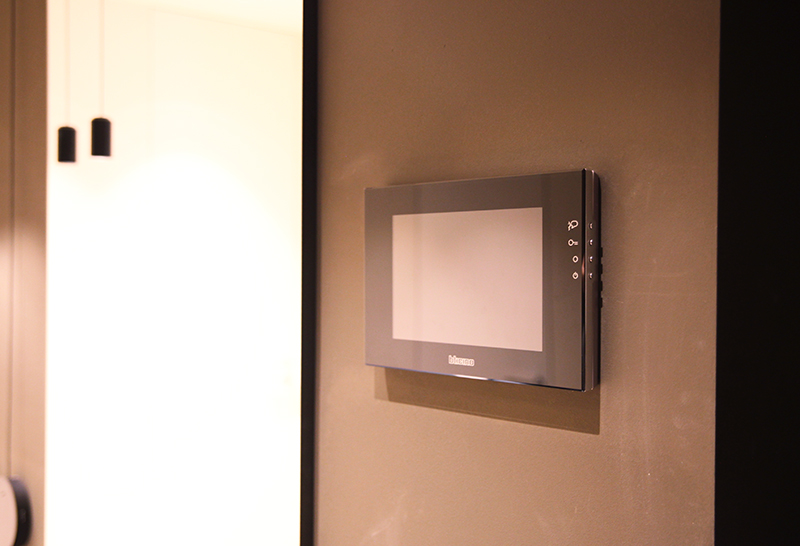 /></p> <p></p> <p>Сенсорный монитор 12